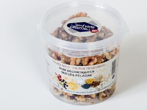 250 g peeled nuts
